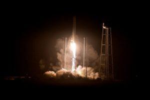 Lanzamiento del cohete Antares