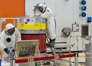 Carga de combustible en Galileo 13