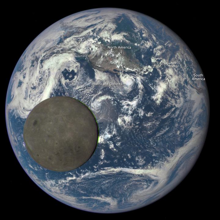 La Tierra Y El Lado Oscuro De La Luna Latam Satelital