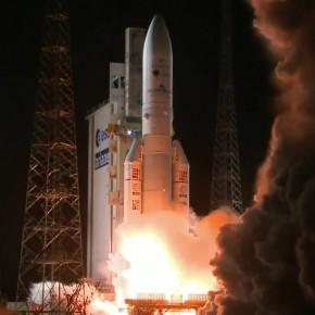 Lanzamiento de Eutelsat 65W